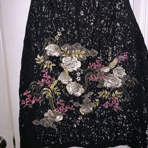 Embroidered floral lace shirt